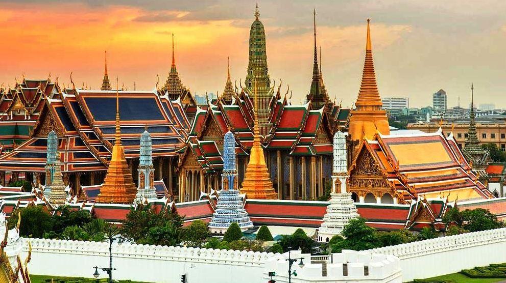 Grand Palace Bangkok - Featured on Pkjulesworld Best in Travel 2017 #BangkokGrandPalace