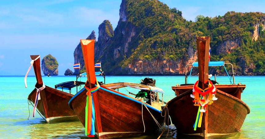 Breathtaling Tall Boats in Phuket - Thailand. Best in Travel 2017 by Pkjulesworld.