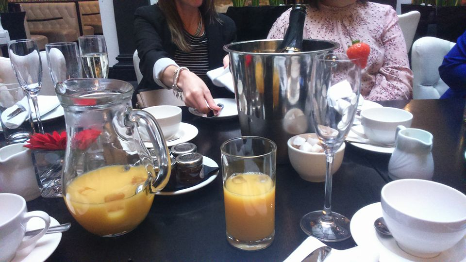 tea-at-the-richmond_juices-and-wines